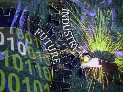 """Industry 4.0: viaggio nelle """"fabbriche"""" di questo millennio. Operating process, user experience e business model."""