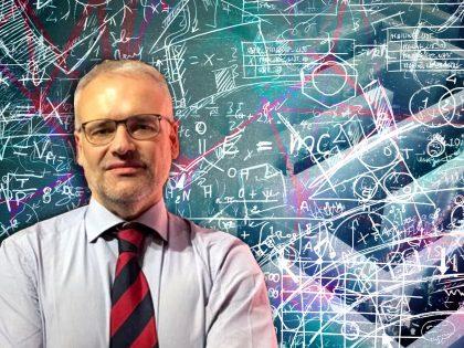 Conoscere, ridefinire e infine abitare l'iper-complessità: questione complessa o complicata? Ne parliamo col professor Piero Dominici.